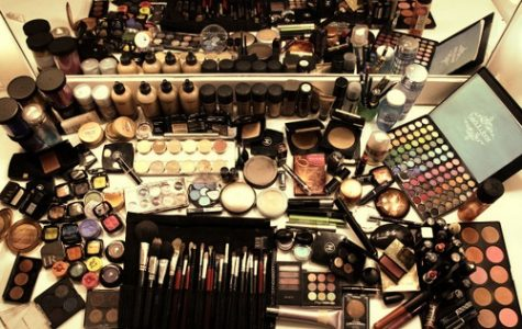 Satire: Top 5 Tips to Becoming a Beauty-Trending YouTuber